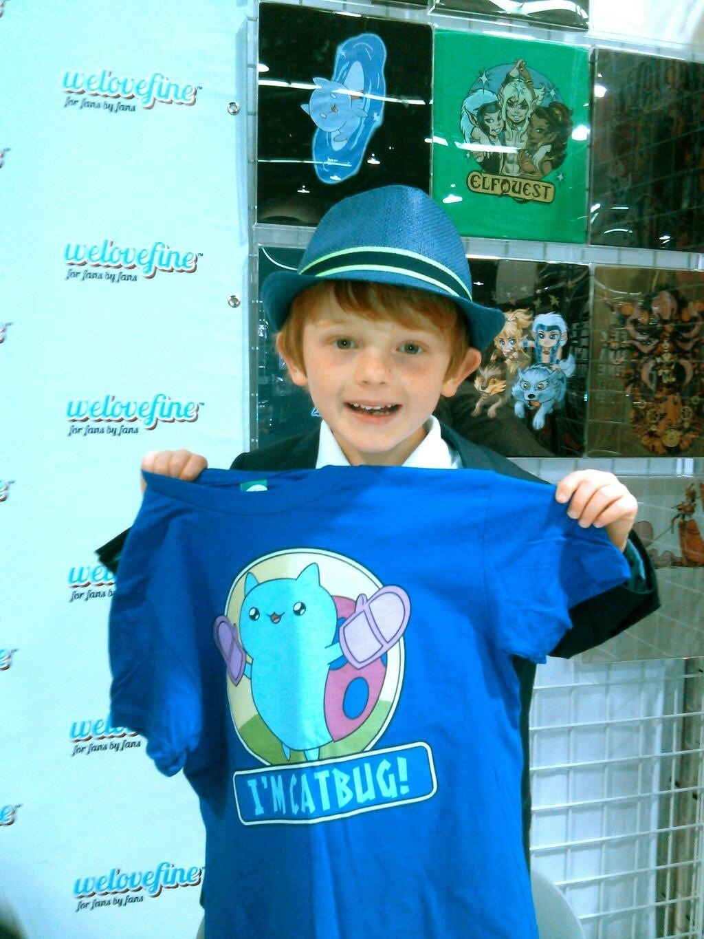 Go say howdy to Sam, you WonderConners. welovefineshirts:  Hey WonderCon! Sam Lavagnino, AKA Catbug from Bravest Warriors, is HERE at our booth signing right now! Booth #1219! And dont forget we have a whole slew of Catbug merch in our featured collection at WeLoveFine.com!!