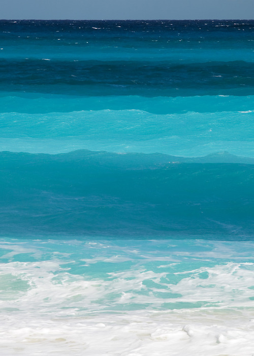 w-ave:  50 shades of blue
