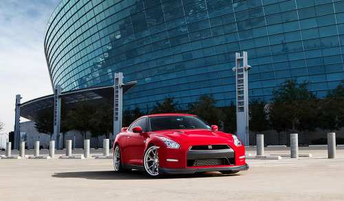 blessed-in-abundance:      Nissan GT-R | Credit | More