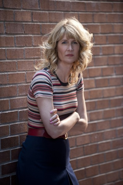 "hellogiggles:  I TALK TO LAURA DERN – NO BIG DEAL! by Jill Kushner http://bit.ly/WEvbLY  Love her. Loved talking to her. Love HBO's ""Enlightened"" - season 2 premieres after ""Girls"" Sunday night at 9:30pm!"