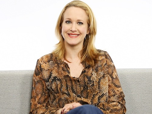 ANNIE's Katie Finneran on Miss Hannigan, Mrs. Lovett & how WAITING FOR GUFFMAN inspired her Tony-winning performance