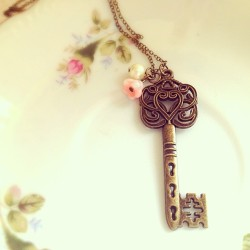 Filigree key #vintage #etsy #necklace #jewelry #handmade #key #fashion