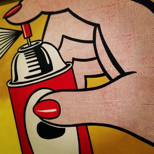Aerosols Nails and dots what's not to Love ROY LICHENSTEIN ❤