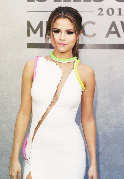 aspectives:  Selena Gomez - Billboard Awards 2013  My upload <3