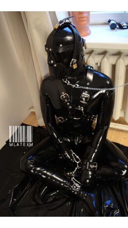 realslave247:gomapup:Love the full rubber coverage!Wow