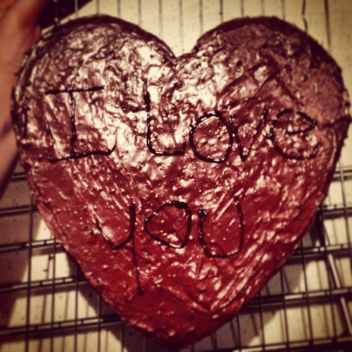 I made Alex a cake 😁❤ #iloveyou #cake #chocolate #fudge
