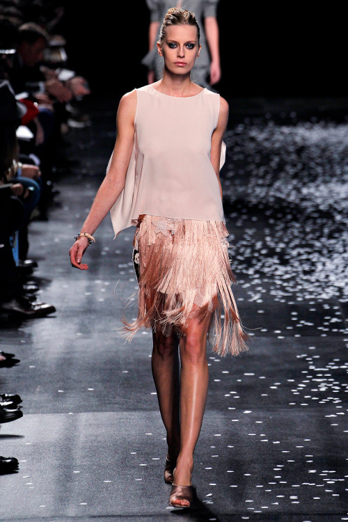models-on-the-runway:  nina ricci s/s 2013