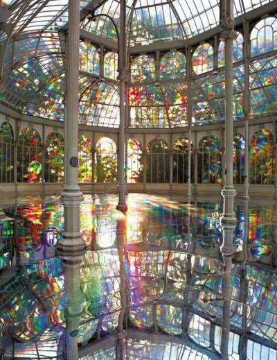 complxe:  blua:  Let's go swimming: Rainbow Pool, Madrid, Spain  what, wow