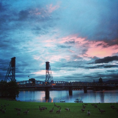 #sunrise #portland #pdx  (at The Waterfront Docks)