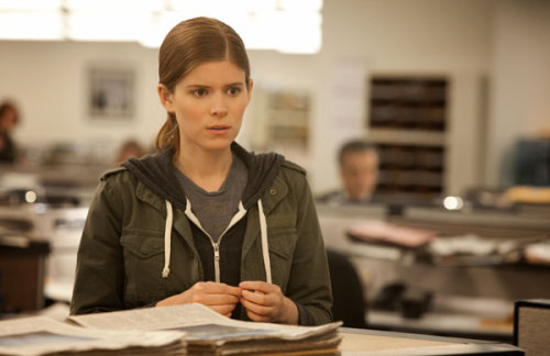 "I can't tell if Kate Mara's portrayal of ""pushy journalism girl"" in House of Cards makes me homicidal because it's so horrible or because psychology."