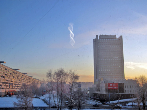 Very cool spiral contrail captured near Moscow, Russia. There's a (not very insightful) reddit. And here is the source. My thoughts how this happened here!