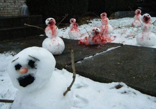 theinevitablezombieapocalypse:  Attack of the zombie snowmen! scottkinmartin:  Snowman zombies!!!