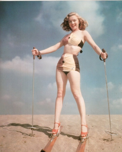 deadlyvintage:  today's ambition: ski in heels weareallprostitutesandjunkies:  Marilyn Monroe
