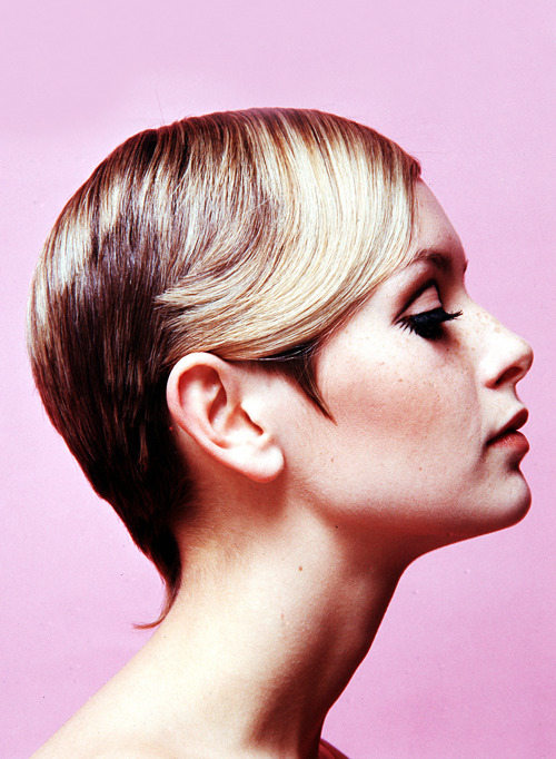 vintagegal:  Twiggy c. 1967
