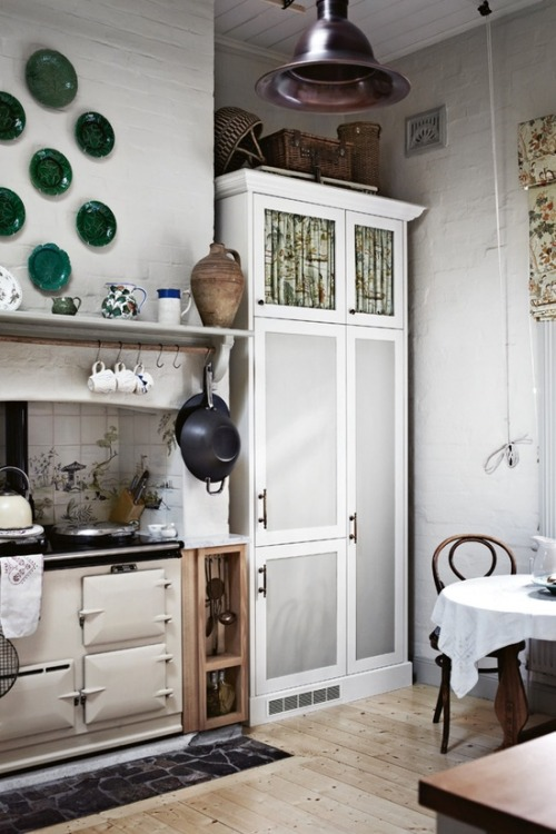 country kitchen | photo sharyn cairns