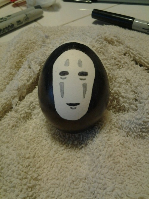 No Face on an egg. :D