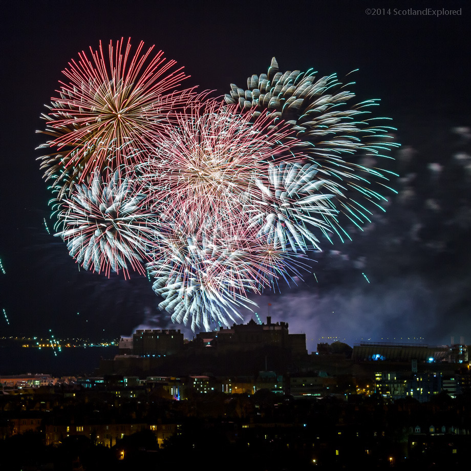 scotlandexplored:  Hello everyone, very late post tonight, just in from the Festival Fireworks display.Couldn't resist having a wee look at what I'd got and since I did I thought I'd share it with you all!Good night folks!#Edinburgh #edinphoto #virginmoneyfireworks #edinburghfestival