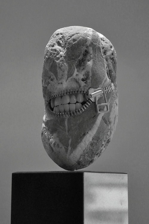 narcisstic-cannibal:  Laughing stone2012b by *jiyuseki