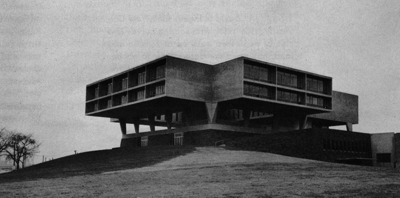 archiveofaffinities:  Eero Saarinen, Milwaukee County War Memorial Center, Milwaukee, Wisconsin, 1955-1957