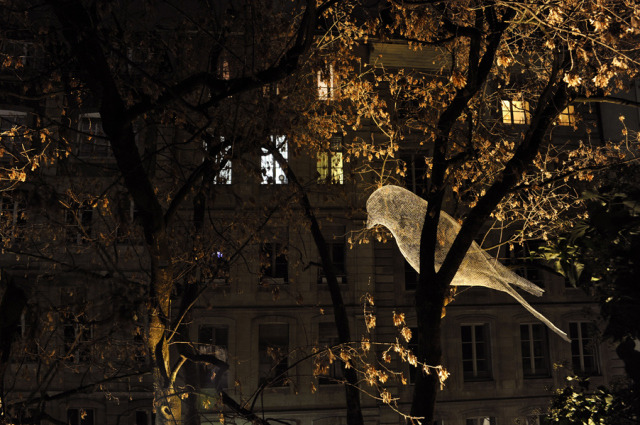 laughingsquid:  Giant Ghostly Bird Sculptures Made of Wire