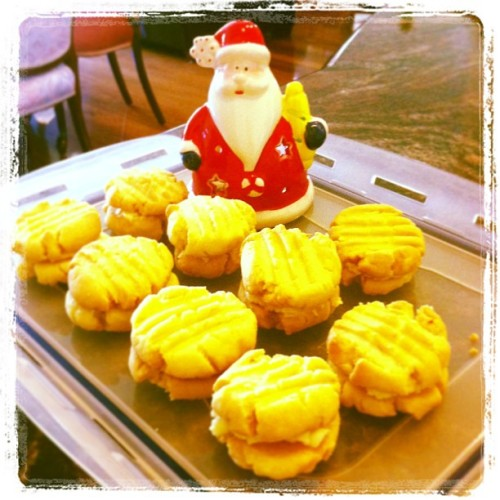 :) #homemade #bakingmakesmehappy #xmas #meltingmoments #melbourne #dayseven