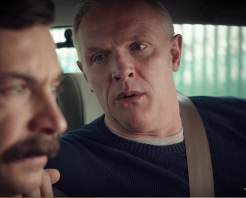 Can Greg look at me the way he looks at Mike Wozniak #mikewozniak#mike wozniak#gregdavies#greg davies#mandown#man down#outtakes