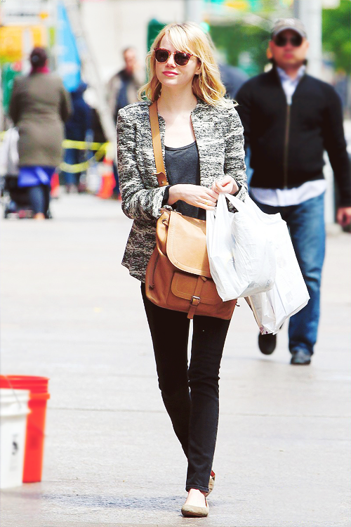 Emma Stone leaving the grocery store in NYC, May 13.