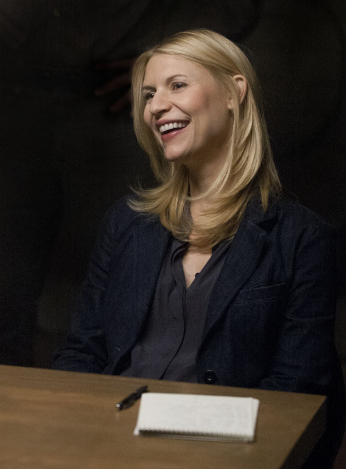 Please help us wish a VERY Happy Birthday to Homeland's Claire Danes!