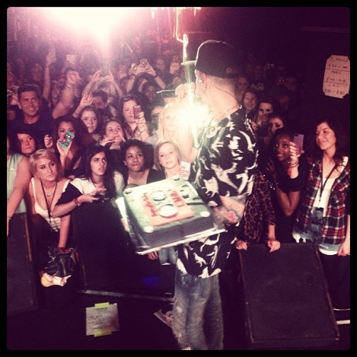 ilovetmills:  About to cake some people