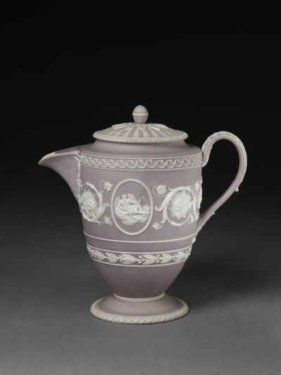 arthistoryfootnotes:  Josiah Wedgwood and Co.Coffee Pot and Coverc. 1790 Jasperware
