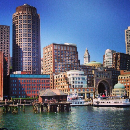 secretsnandsugarcubes:  Cool walks on the harbor on a hot summer's day. #tbt #boston #summer #bostonusa