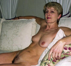 fuckmatureslut:  http://fuckmatureslut.tumblr.com/  I'm old an like to fuck.. Think everybody mom love to take the fat cock and take it dirty.. Love the mommy dirty sex