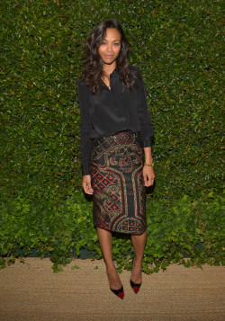 inherglam:  Zoe Saldana kept it chic in a Prabal Gurung skirt and a black blouse at the Vogue and MAC Cosmetics dinner in LA!