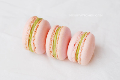 Pistachio Macaron by Amyq on Flickr.