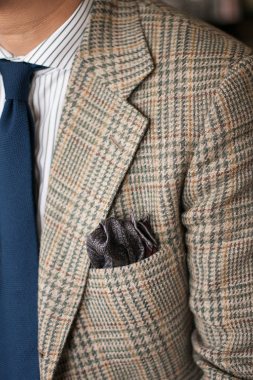 brokeandbespoke:  Tweed and Grenadine.