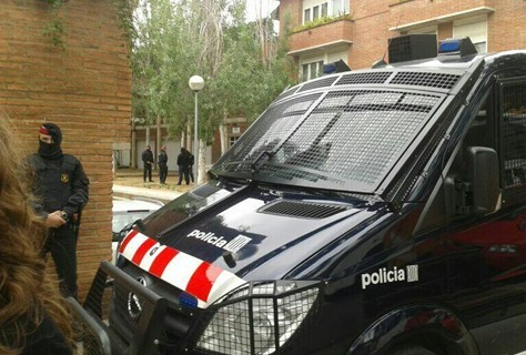 "anarcho-queer:  Police Raid CNT Centre in Spain, Arrests 5 ""Black Flag"" Anarchists From comrades in Barcelona we have been informed that five members of 'Black Flag' have been detained in dawn raids on the anarchist-syndicalist CNT centre in Sabadell near Barcelona, Spain. They are accused of belonging to a terrorist group. The Police broke into and searched the Anarchist Workers Centre (Ateneo Libertari) in Sabadell. The operations included another raid and search in Sabadell and two more in other municipalities in Catalonia, one of them in Avignon (Bages County). On the same day police evicted the Can Piella 'Land and Liberty' squat. International solidarity is requested. Thirty Mossos police have now taken over the anarchist centre in Sabadell, after smashing down the door down before 9.00 a.m. according to a member of the CNT union that occupies part of the premises with Bandera Negra ('Black Flag'). The 'Mossos' – whose origins are military – have a long history of carrying out beatings in police stations and it is hoped comrades will not be harmed. The Ateneo de Sabadell, which is owned by the CNT, is a space open to all working people of Sabadell, which many groups and people from Sabadell and elsewhere have used for recreational, cultural and social events over many years. Other citizens of the city, including the 15M Take The Streets movement and Occupy, make use of the building and have begun demonstrations in support of the five arrested. The premises at Sabadell have now been sealed off. The five arrested people are scheduled to appear before the Audiencia Nacional in Madrid on Friday. In addition to Sabadell, sources close to the anarchist movement say that Catalonian regional police are launching further raids at the behest of the Audiencia Nacional in other towns in Catalonia."