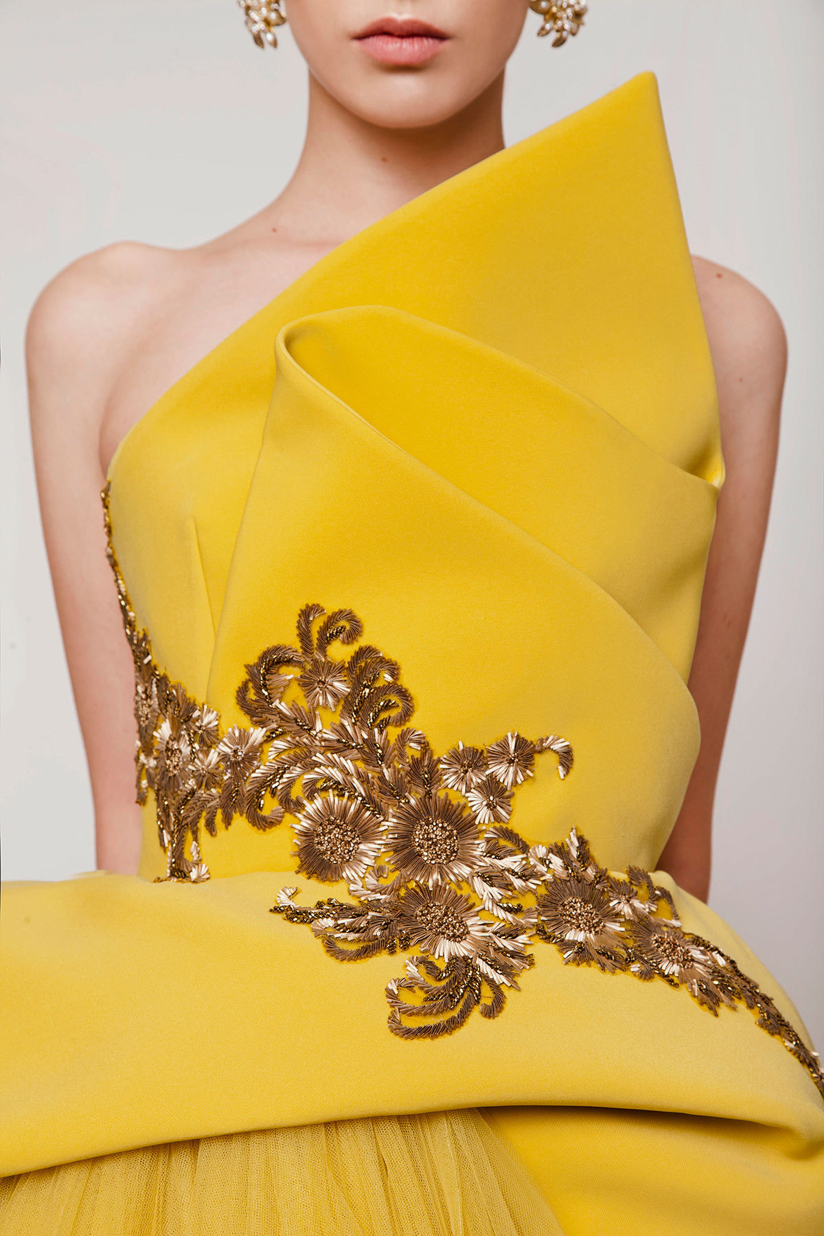 Azzi & Osta| Spring/Summer 2015 Details #azzi & osta #fashion#haute couture#gowns#style