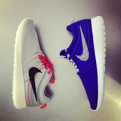 wellgosh-shop:  Nike Roshe Run Dynamic Flywire available in store ad online @WELLGOSH http://wellgosh.com/nike-rosherun-dynamic-flywire-qs-strata-grey.html (at www.wellgosh.com )