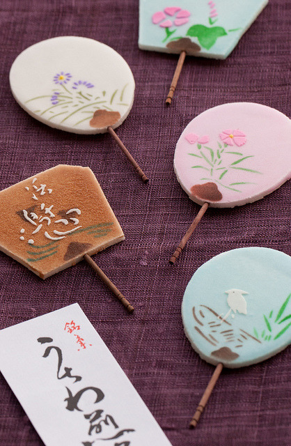 travelnippon:  Sweet Crunchy Fans by Wagashi Pix on Flickr.