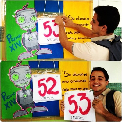 Just started the countdown to FINALLY finish school, with Francisco :D  (at Colegio Patria Bolivariana)