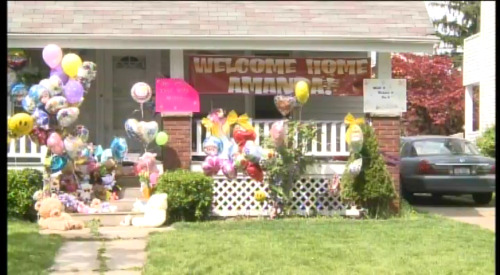 Amanda Berry has arrived home at her sister's house in Cleveland. Amanda was expected to make a statement but her sister says she will not be speaking today.LIVE VIDEO: http://nbcnews.to/143Ls3e