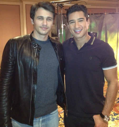 Mario Lopez;With one of my favorite actors & all around great guy@JamesFrancoTV ! Great job on 'OZ The Great & Powerful' #3Dpic.twitter.com/qOKP3haR