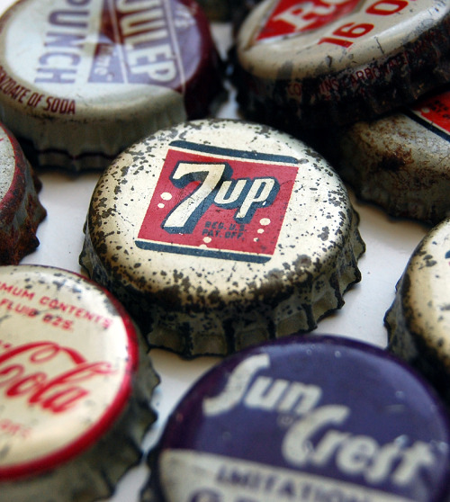 (vía Vintage Packaging Design Inspiration | Abduzeedo Design Inspiration & Tutorials)