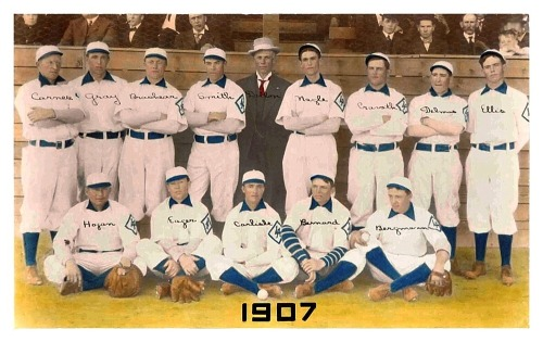 1907 Los Angeles Angels TeamThis great old PCL team featured future 6-time National League HR champ, Gravvy Cravath (Phillies).