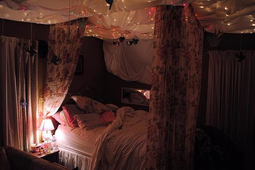 للأضواء المعلقه بريق وجمال النوم tumblr_mlcwwn3LUk1qi