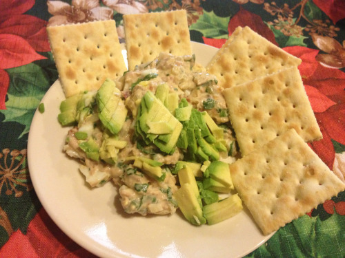neesee-eats:  My abuela's take on tuna salad.