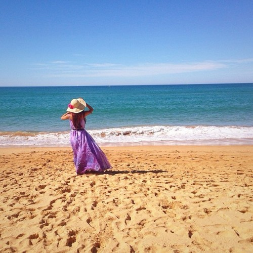 Chasing summer🌴 #dress by #atmosandhere from @theiconicau #hat from #sportsgirl #summer #autumn #vacay #beach (at Palm Beach)