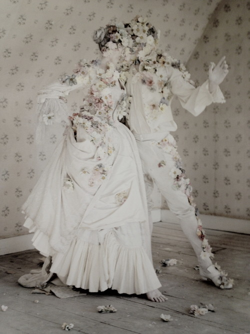 thedarlingchild:  laura mccone and luke cartwright by tim walker for casa vogue