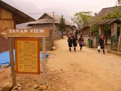 Vietnam Sapa Tours 4 DaysPrice : 178 US$ (Include taxes & Service charge)Duration :4 days / 5 nights Routes : Hanoi – Sapa –…View Post