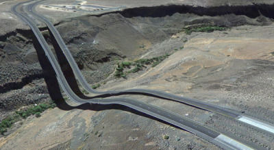 laughingsquid:  Bizarre Google Earth Glitch Images